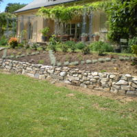 Mur en pierre seiche